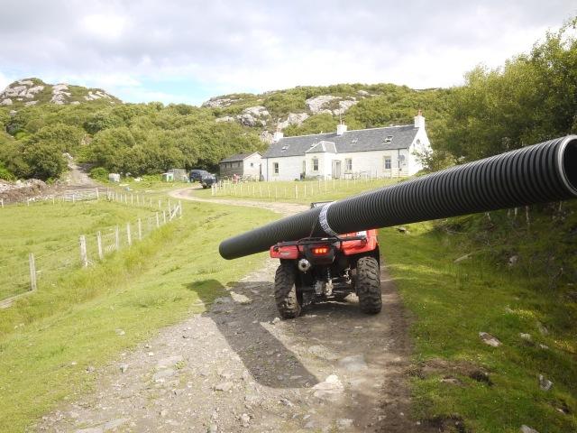Shifting 6 m Pipes